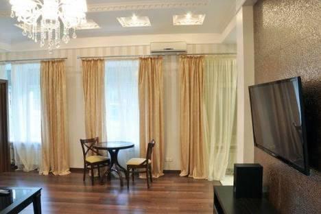 Сдается 2-комнатная квартира посуточно в Киеве, Лютеранская 13.