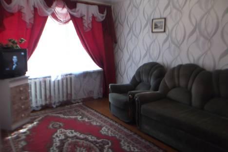 Сдается 2-комнатная квартира посуточнов Ухте, проспект Космонавтов, 20.