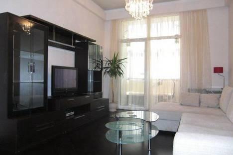 Сдается 3-комнатная квартира посуточно в Киеве, Лысенко 4.