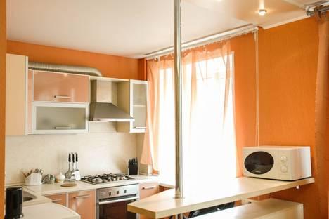 Сдается 2-комнатная квартира посуточнов Екатеринбурге, ул. Попова, 25.