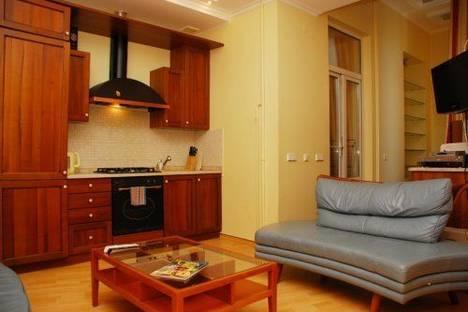 Сдается 4-комнатная квартира посуточно в Киеве, Шота Руставели 22-Б.