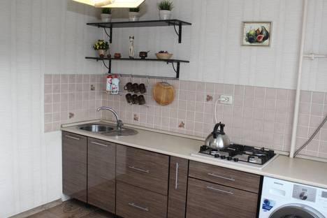 Сдается 2-комнатная квартира посуточно, Ленина 123в.