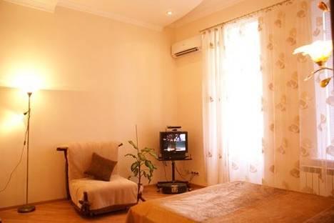Сдается 1-комнатная квартира посуточно в Киеве, Костёльная 3.