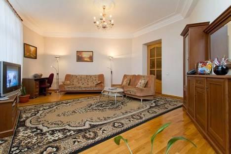 Сдается 2-комнатная квартира посуточно в Киеве, Красноармейская 24.