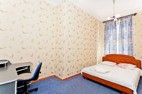 Сдается 3-комнатная квартира посуточно в Минске, Мясникова, 76.