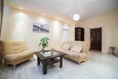 Сдается 2-комнатная квартира посуточно в Минске, Ленинградская, 1.