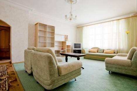 Сдается 3-комнатная квартира посуточно в Минске, Независимости 12.