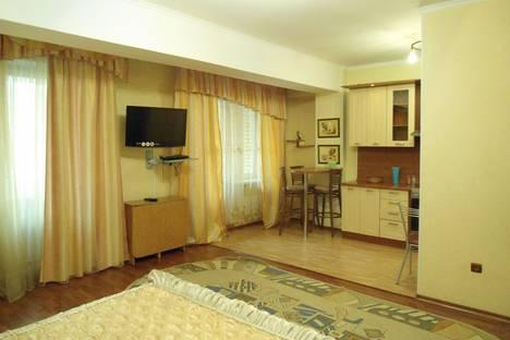 Сдается 2-комнатная квартира посуточно в Иркутске, Байкальская,107А.