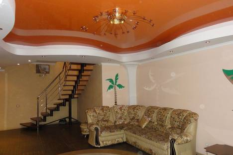 Сдается 3-комнатная квартира посуточнов Сочи, Тургенева, 4а.