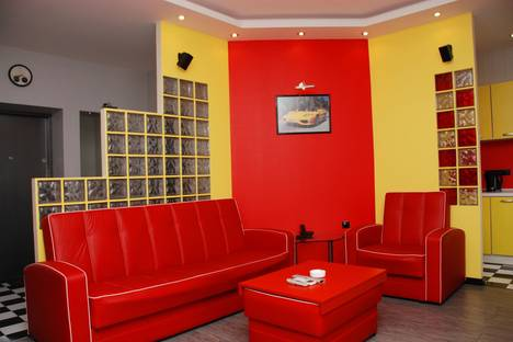 Сдается 2-комнатная квартира посуточно в Киеве, Бассейная ул., 17.