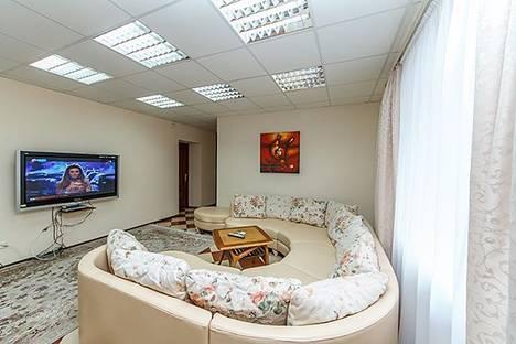 Сдается 3-комнатная квартира посуточно, бульвар Леси Украинки, 10.