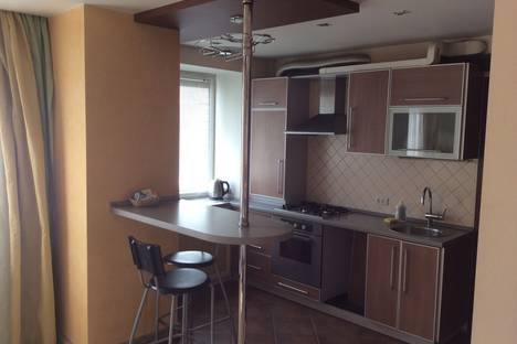 Сдается 2-комнатная квартира посуточно в Иванове, ул. Лежневская, 116.