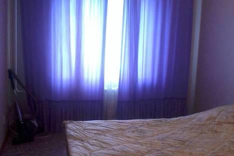 Сдается 2-комнатная квартира посуточно в Назарове, 8-й микрорайон, д. 8 кв. 85.