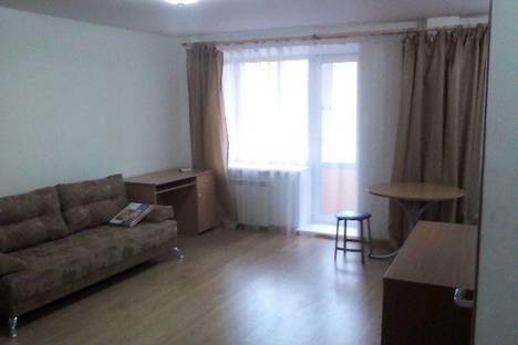 Сдается 1-комнатная квартира посуточнов Тюмени, Рижская 80.