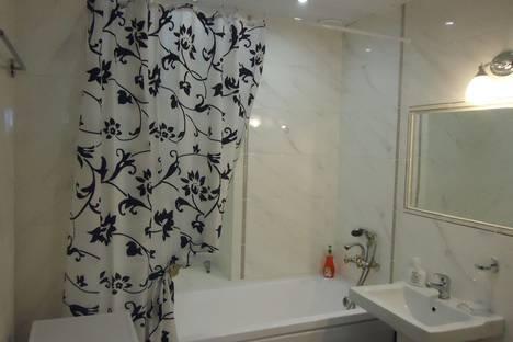 Сдается 2-комнатная квартира посуточно в Орле, Дубровинского набережная, 46.