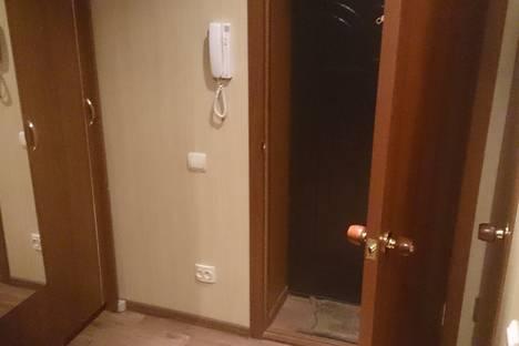 Сдается 1-комнатная квартира посуточнов Астрахани, ул. Сен-Симона, 40.