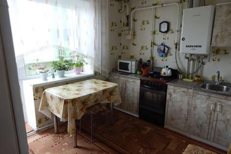 Сдается 2-комнатная квартира посуточно в Дивееве, ул. Чкалова, 2В/1.