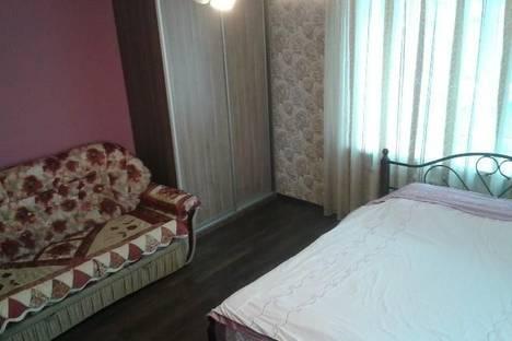 Сдается 1-комнатная квартира посуточнов Тюмени, 50лет Октября 80.