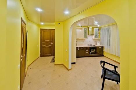 Сдается 2-комнатная квартира посуточнов Санкт-Петербурге, Маяковская 22.