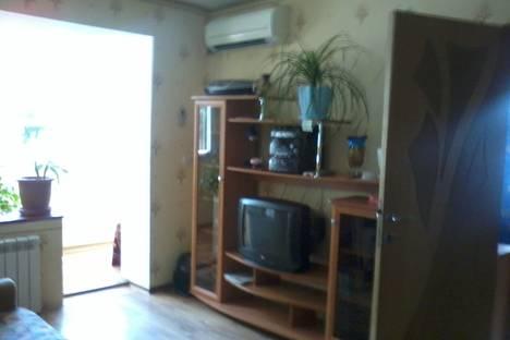 Сдается 1-комнатная квартира посуточнов Туапсе, ул. Фрунзе, 30.