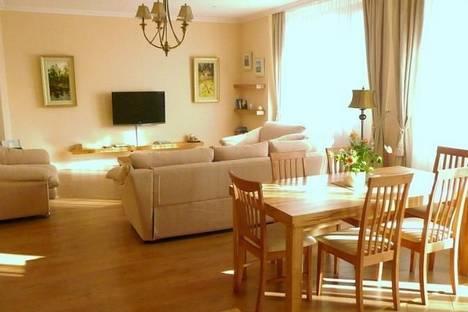 Сдается 3-комнатная квартира посуточно в Харькове, Отакара Яроша, 24-б.