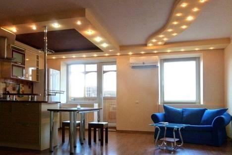 Сдается 2-комнатная квартира посуточно в Харькове, пр. Московский 38.