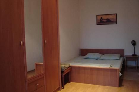Сдается 2-комнатная квартира посуточно в Харькове, пр. Ленина 23.