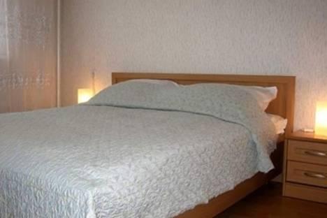 Сдается 1-комнатная квартира посуточнов Мурманске, ул. Октябрьская, 1.