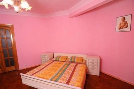 Сдается 2-комнатная квартира посуточнов Харькове, пр. Московский 2.