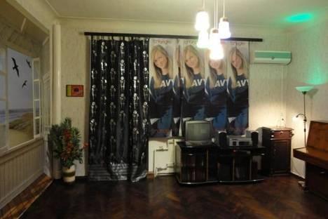 Сдается 2-комнатная квартира посуточно в Харькове, ул. Каразина 17.