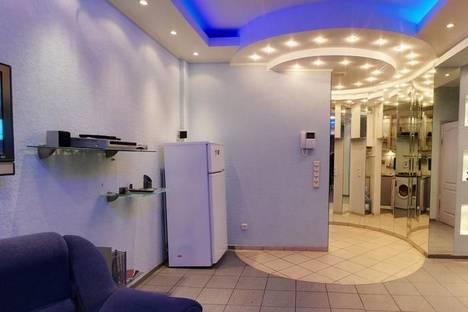Сдается 3-комнатная квартира посуточнов Харькове, ул. Петровского 38.