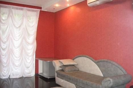 Сдается 3-комнатная квартира посуточнов Харькове, Донец Захаржевского 1/3.