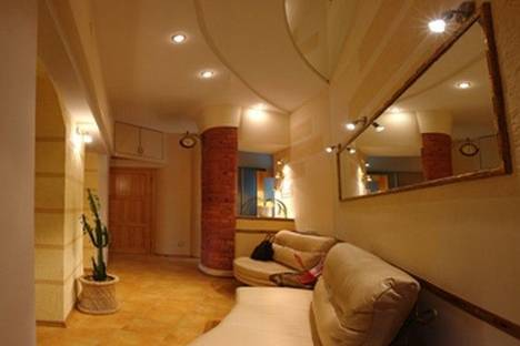 Сдается 5-комнатная квартира посуточнов Харькове, пр. Правды 7.