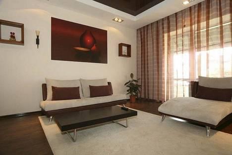 Сдается 4-комнатная квартира посуточнов Харькове, ул. Мироносицкая 48.