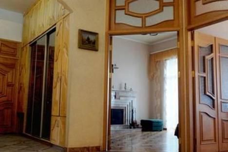 Сдается 4-комнатная квартира посуточно в Харькове, ул. Рымарская 22.