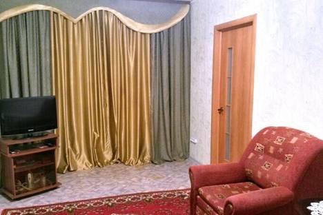Сдается 2-комнатная квартира посуточнов Ухте, проспект Космонавтов, 22.