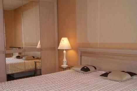 Сдается 2-комнатная квартира посуточно в Биробиджане, Советская 44а.