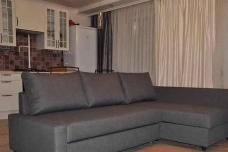 Сдается 1-комнатная квартира посуточнов Биробиджане, ул. Шолом-Алейхема, 27.