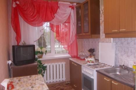 Сдается 3-комнатная квартира посуточно в Саратове, проспект Энтузиастов, 61.