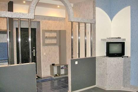 Сдается 1-комнатная квартира посуточно в Харькове, площадь Розы Люксембург, 8.