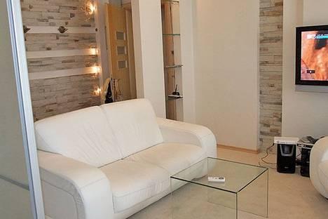 Сдается 2-комнатная квартира посуточно в Харькове, Динамовская, 2.