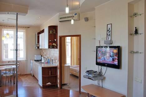 Сдается 2-комнатная квартира посуточно в Харькове, Университетская ул., 5.