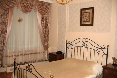 Сдается 2-комнатная квартира посуточно в Харькове, Петровского, 7/50.