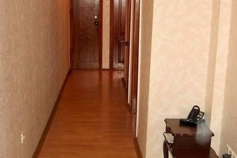 Сдается 2-комнатная квартира посуточно в Харькове, проспект Московский, 7.