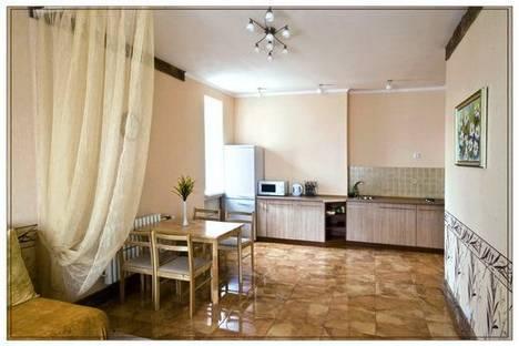 Сдается 1-комнатная квартира посуточно в Харькове, Рымарская,  19.