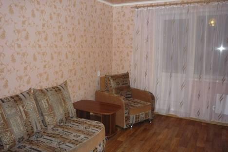 Сдается 1-комнатная квартира посуточно в Прокопьевске, 10 микрорайон, 26.