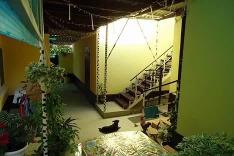 Сдается 1-комнатная квартира посуточно в Геленджике, ул. Декабристов, 12.