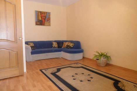 Сдается 1-комнатная квартира посуточно в Саранске, ул. Коммунистическая, 123а.
