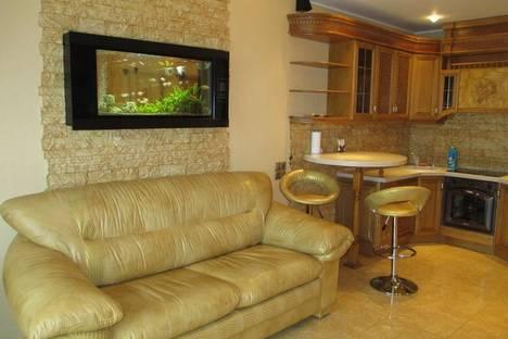Сдается 2-комнатная квартира посуточнов Новомосковске, ул.Глинки, 2.