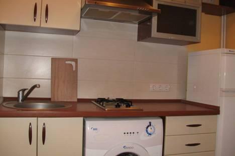 Сдается 4-комнатная квартира посуточно в Одессе, Дерибасовская 11.